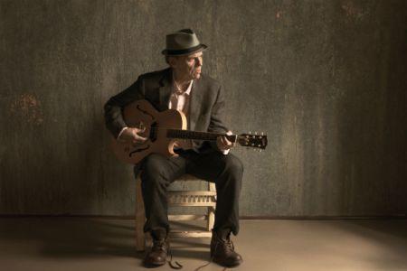 John-Hiatt-2012-